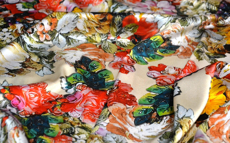 seta tipo D&G. tessuti alta moda. tessuti firmati.